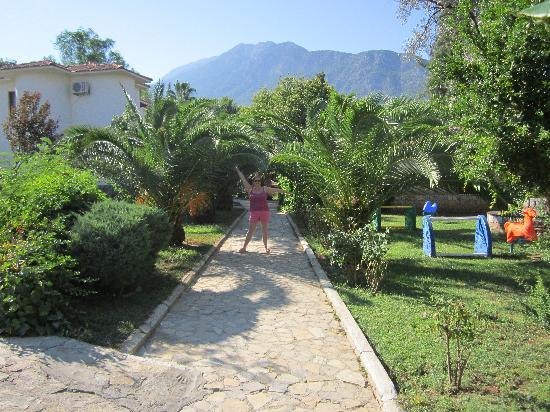 Orka Club Hotel & Villas: me in the orka grounds