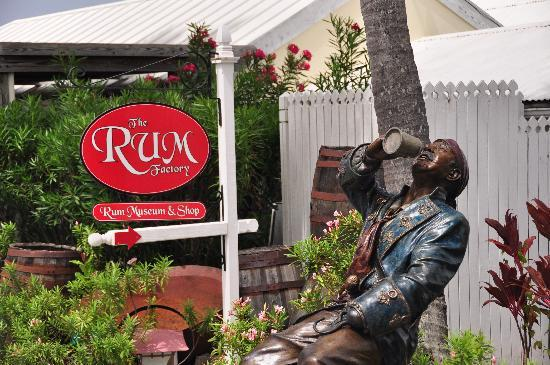 Blackbeard's Castle: AARRRR, Rum and Pirates...