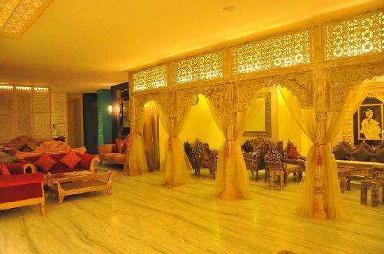 Hotel Ram Vilas: Lobby