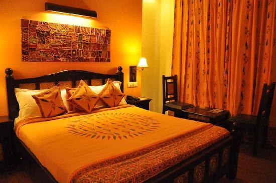 Hotel Ram Vilas: Room
