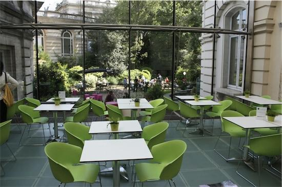 Green Kitchen: Inside