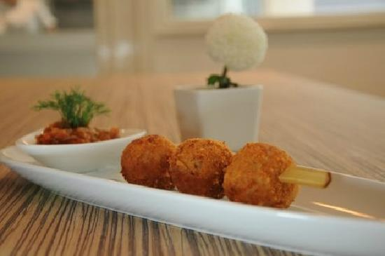 PizzaZo Bistro: 5.	Deep-fried Risotto Balls - served with our fresh homemade tomato sauce