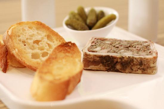 PizzaZo Bistro: 8.	Pâté Maison - homemade country pâté with toasted baguette & gherkins