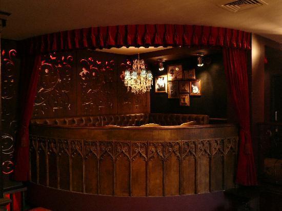 Mary Janes Bar: Romeo & Juliet Balcony (seats 12)