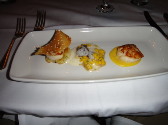 Ockenden Manor Restaurant: Fine dining