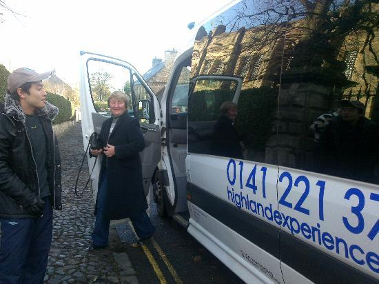 Highland Experience Tours: Convenient buses for small groups
