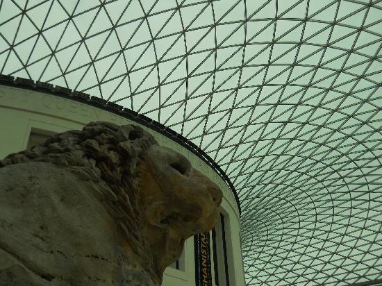 บริติชมิวเซียม: British Museum