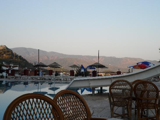 Grand Panorama Hotel: View from the pool side, in the evening