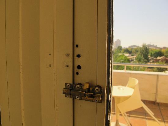 Silken Al-Andalus Palace Hotel: Locker de la terrasse