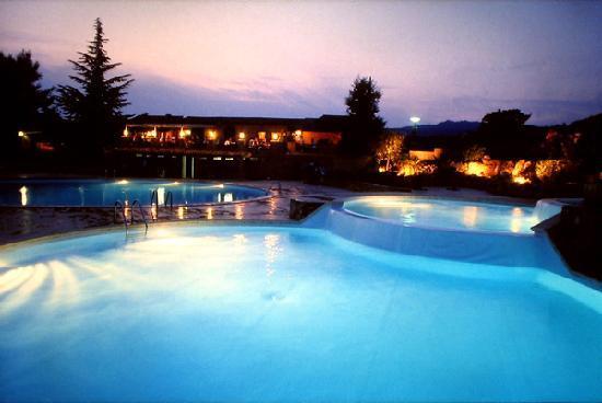 Agay, Frankreich: Les piscines d'Esterel Caravaning