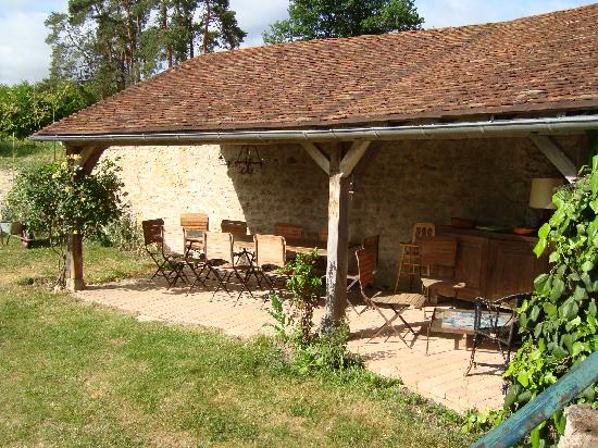 La Cadoise: breakfast place  when good weather permits.