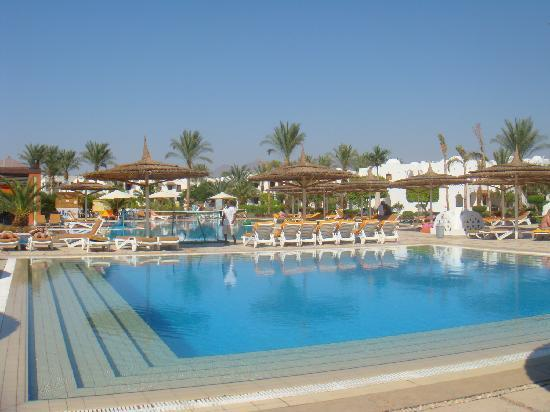 Beach Resort & Casino: Blue Wave Pool