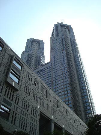 Tokyo Metropolitan Government Buildings: 都庁別アングル。