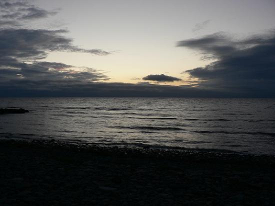 Ty Gwyn Guesthouse: the beach near the hotel