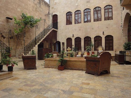 Martini Dar Zamaria Hotel: Patio interior