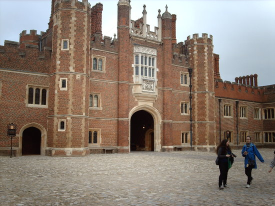 Hampton Court Palace: Castello