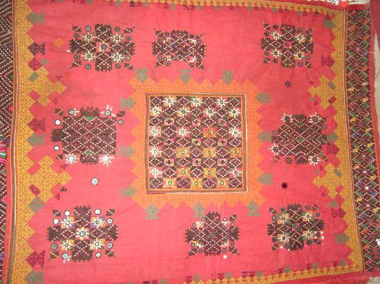 Jai Shankar Handicrafts: ethnic embroidery