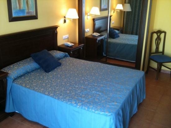 Hotel Porfirio: habitacion