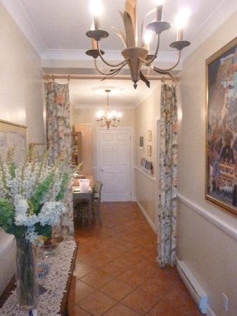 Petit hotel la passe pierre updated 2016 reviews for Auberge maison gagne tadoussac