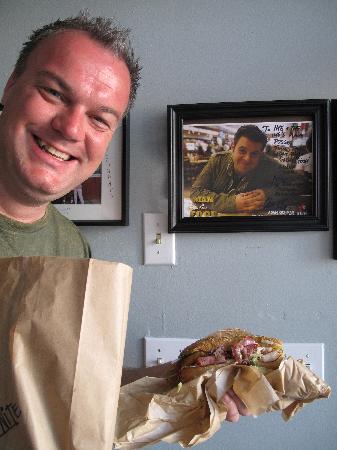 Ike's Love & Sandwiches: Man v Food!!