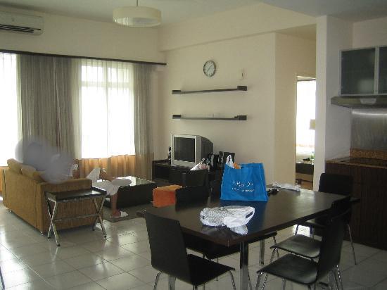 ซอมเมอร์เซต เซริ บูกิต ซีลอน: Livingroom