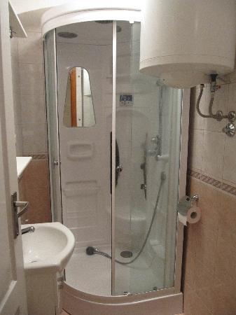 Villa Klaic: Shower