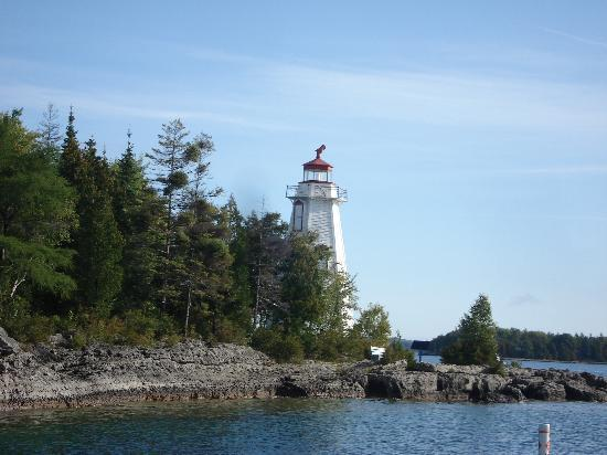 Peacock Villa Motel: Big Tub Harbour Lighthouse