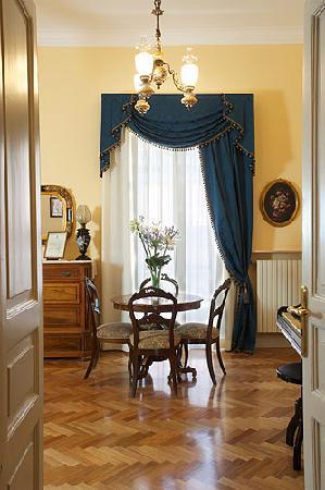 Casa Laviano B&B: Il Salone
