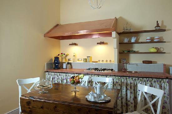 Casa Laviano B&B: La Cucina