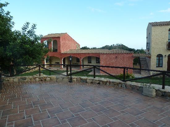 La Corte Rosada: La terrasse où est pris le petit-déjeuner