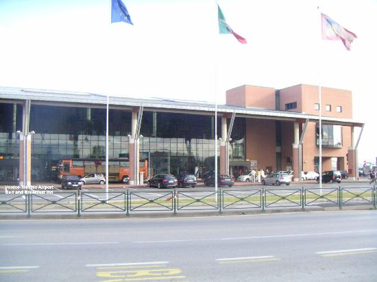 Venice Treviso At The Airport Bed and Breakfast: Aeroporto Treviso