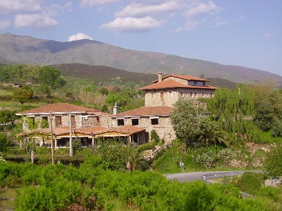 Hotel Ropino: exterior
