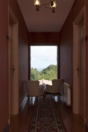 Villa Miramar: DETALLE PASILLO