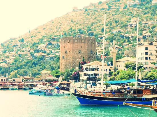 VIGOTOUR Day Tours: The Alanya Castle from the water