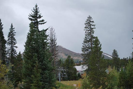 Marriott's Mountain Valley Lodge at Breckenridge: View from our room - 7114