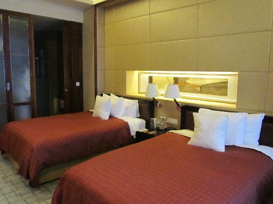 โรงแรมเชอราตันเซี่ยงไฮ้ & เรสซิเดนซ์ ผู่ตง: bedroom again