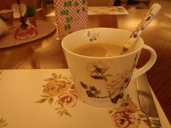 Roseland B&B: Their beautiful crockery