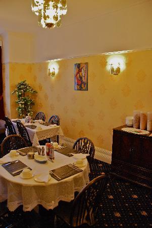 Glengarth Hotel: Breakfast area