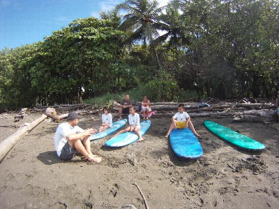 Bodhi Surf School: learning the rules
