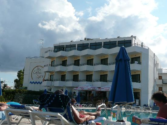Cleopatra Superior Hotel: View from pool