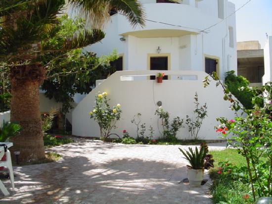 Kiveli Apartments