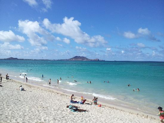 Kailua Beach Park: No, its not a postcard