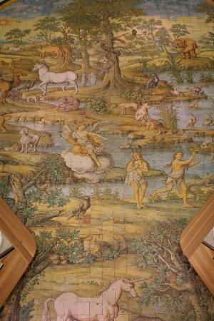 Chiesa San Michele: Il pavimento-mosaico del '700