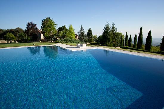 Borgo Poggio Bianco: Relax and enjoy Tuscany