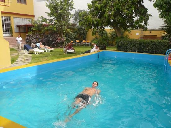 Youth Hostel - Hostelling Internatinal Lima - Peru: Piscina