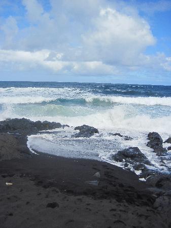 Hike Maui: Seven Sacred Pools