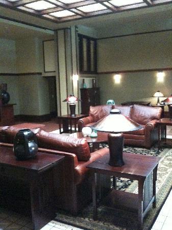 Historic Park Inn Hotel: Lobby