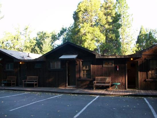 Groveland Motel & Indian Village: rooms