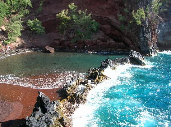 Red Sand Beach Kaihalulu