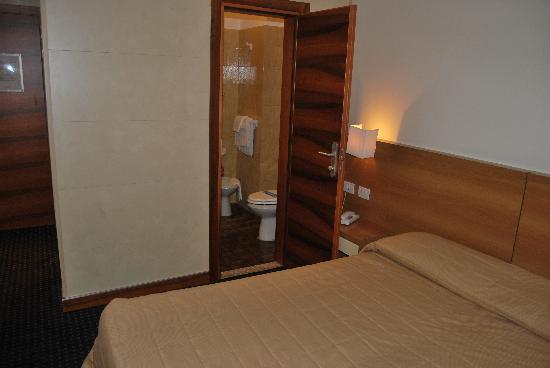อโปเกีย ซิริโอ เวนิซ: Chambre